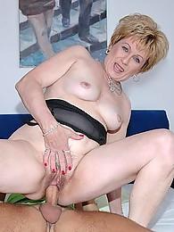 Порно фото старая дева